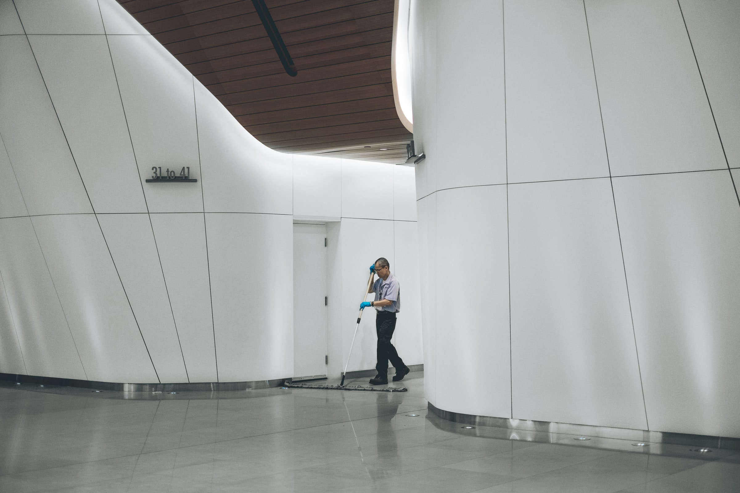 Clean Manufacturing facility cleaning service